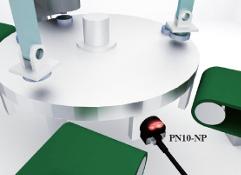 Wykrywanie metalowych znaczników w stole.
